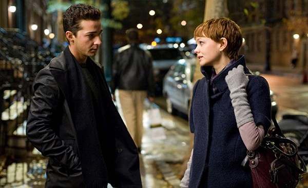 Carey Mulligan e Shia LaBeouf em ' Wall Street: O Dinheiro Nunca Dorme' (2010)  (Foto: Divulgação)