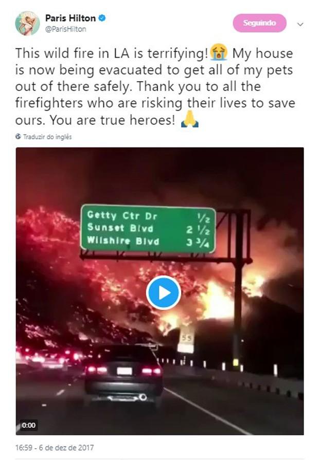 Paris Hilton revela que abandonou sua casa por conta de incêndios em Los Angeles (Foto: Reprodução/Twitter)