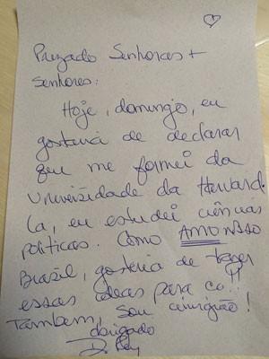 Dr. Rey escreveu pequeno texto como prova de que sabe português (Foto: Divulgação/ Assessoria de imprensa do Dr.Rey)