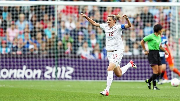 Christine Sinclair comemora gol do canada, futebol (Foto: Getty Images)