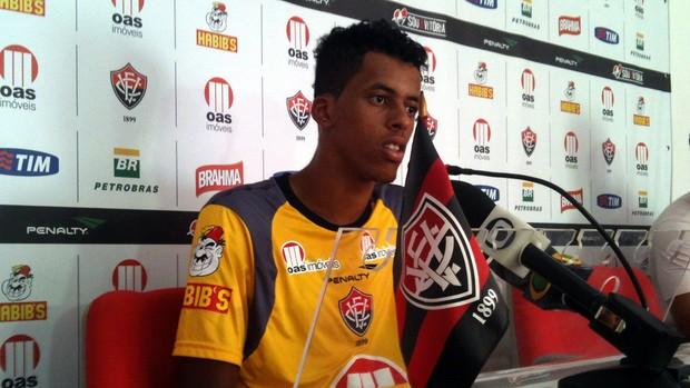 Josué, zagueiro do Vitória (Foto: Raphael Carneiro/Globoesporte.com)