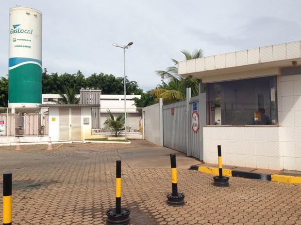 Portaria da Cascol, uma das distribuiboras de combustíveis alvo de operação da PF e do Ministério Público (Foto: Gabriel Luiz/G1)