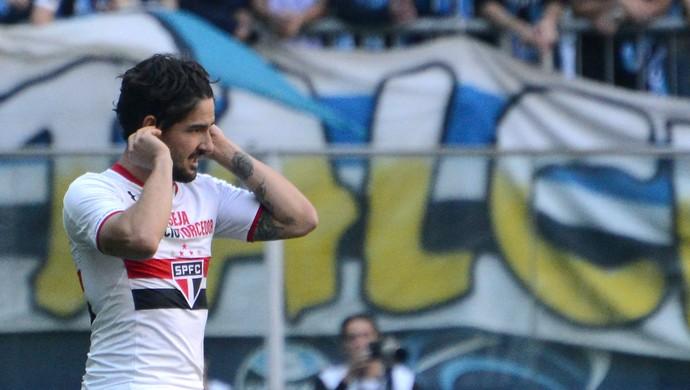 Alexandre Pato na partida Grêmio x São Paulo (Foto: Luiz Munhoz/Agência Estado)
