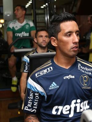 Lucas Barrios Palmeiras academia