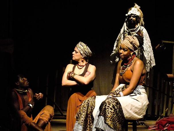 O espetáculo é uma adaptação do conto inédito de José Flavio Pessoa de Barros  (Foto: Divulgação)