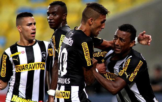 Elias rafael marques botafogo e atlético-pr (Foto: Vitor Silva / SSPress)