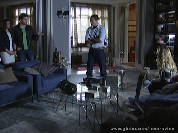 Amarilys acaba se dando mal (Foto: Amor à Vida/ TV Globo)