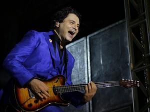 Frejat fez show festeiro em Maceió (Foto: Jonathan Lins/G1)