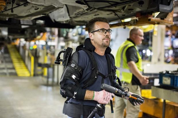 Exoesqueleto Ford (Foto: divulgação)
