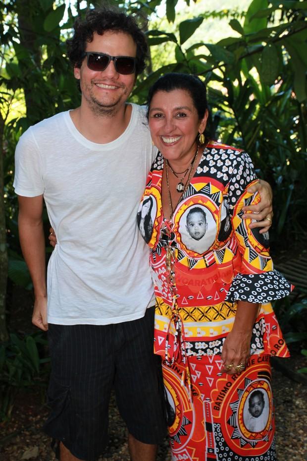 Wagner Moura e Regina Casé (Foto: Vera Donato e Gianne Carvalho / Divulgação)
