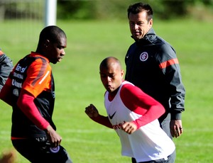 Gabriel, Dunga e Juan em treino do Inter (Foto: Alexandre Lops / Inter, DVG)