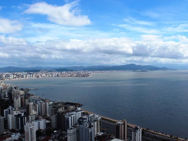 Beira-Mar Norte, principal avenida de Florianópolis (Foto: Paula Faraco/Divulgação)