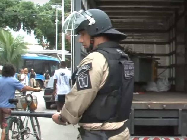 Inspetor da Guarda Municipal do Rio foi exonerado (Foto: Reprodução/YouTube)