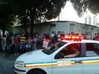 Caminhão com água é saqueado por moradores em Governador Valadares