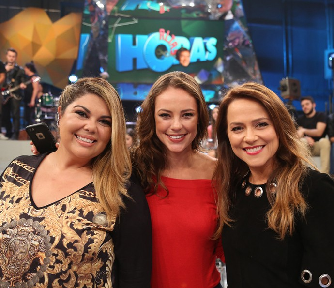 Fabiana Karla com Paolla Oliveira e Vivianne Pasmanter (Foto: Carol Caminha/Gshow)
