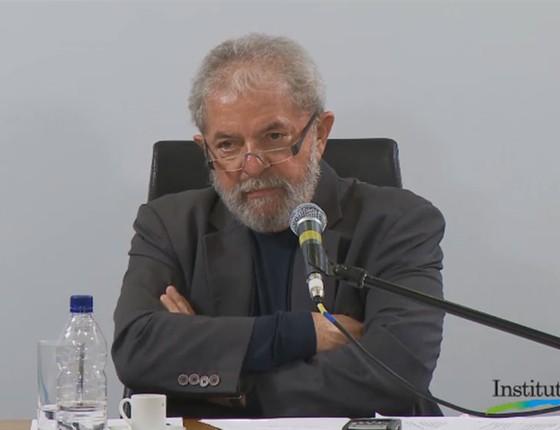 Lula conversou com blogueiros nesta quarta-feira (20), no Instituto Lula (Foto: Reprodução/Instituto Lula)