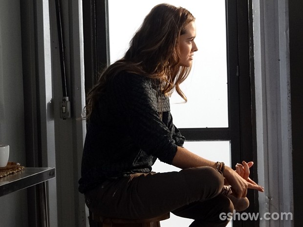Lili explica seu plano para capturar Tereza (Foto: Além do Horizonte/TV Globo)