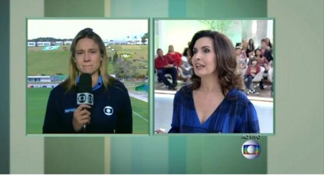Fernanda Gentil chora ao vivo com Fátima Bernardes (Foto: Encontro com Fátima Bernardes/ TV Globo)
