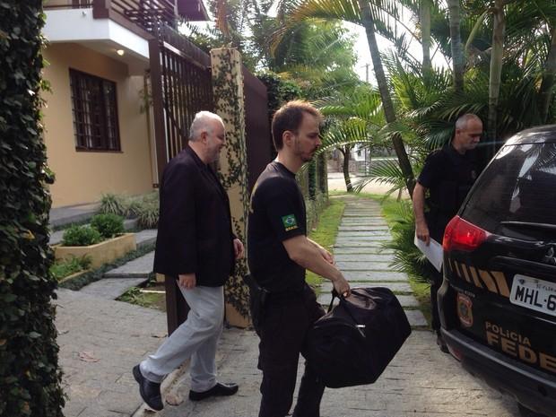 Américo Ribeiro Tunes, superintendente do Ibama, foi preso nesta quinta-feira (15) (Foto: Naim Campos/RBS TV)