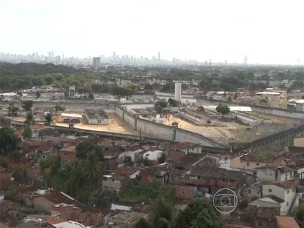 Complexo Prisional do Curado (Foto: Reprodução / TV Globo)