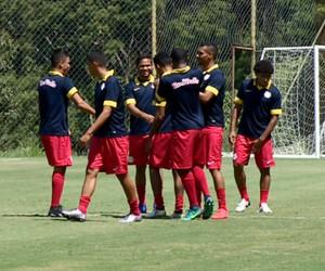 Elenco RB Brasil (Foto: Vaner Santos/EPTV)