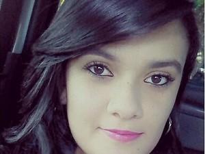 Larissa, aos 15 anos, sonha em ser médica em Goiás (Foto: Arquivo Pessoal)