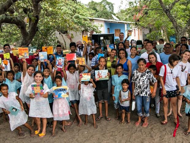 Aldeia Combios recebe projeto Estante Livre, no Espírito Santo (Foto: Felipe Amarelo/ Divulgação Estante Livre)