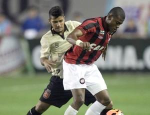 Henrique jogo Vasco contra Atlético-PR (Foto: Nina Lima / Agência O Globo)