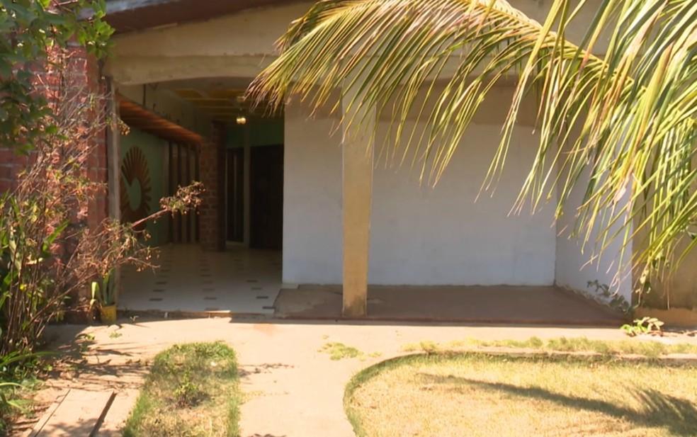 Casa onde aconteceu o crime em Vilhena, no fim de semana (Foto: José Manoel/ Rede Amazônica)