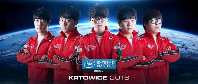 Os jogadores atuais do time SKT T1 (Foto: Reprodução/Esportspedia)