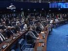 Após mais de 20 horas de sessão,  Senado afasta presidente Dilma