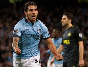 Tevez comemora, Manchester City x Wigan (Foto: AP)