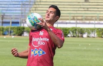 Gabriel Sacilotto assina contrato e é oficializado como reforço do Tupi-MG