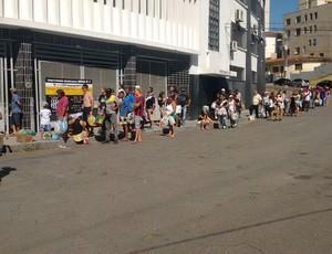 Filas ingressos Ponte Preta (Foto: Divulgação PontePress)