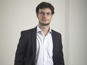 Domínio público; Eduardo Magrani, pesquisador do Centro de Tecnologia e Sociedade (CTS) da Escola de Direito da Fundação Getúlio Vargas (FGV-RJ) (Foto: Divulgação)