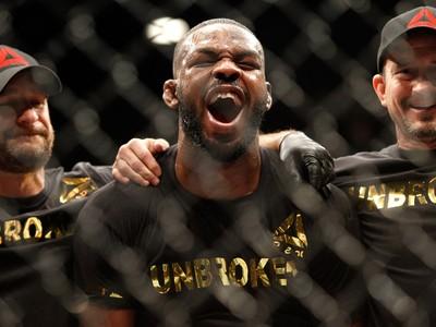 Jon Jones x Daniel Cormier - UFC 182 (Foto: Getty)