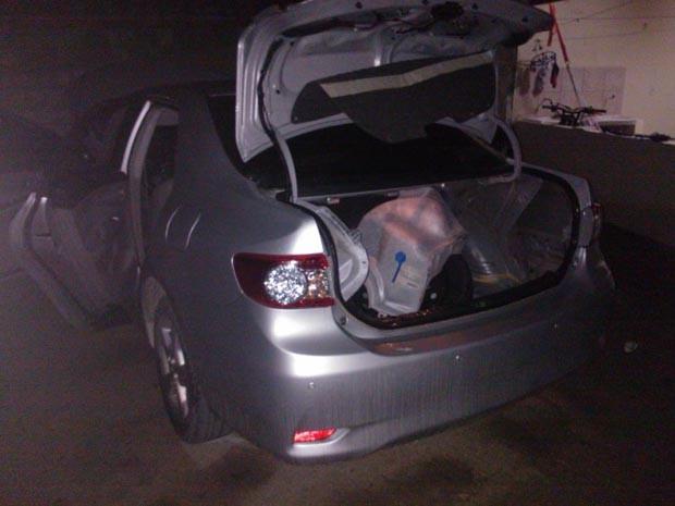 Carro foi levado para a Delegacia de Plantão da zona Sul de Natal (Foto: Divulgação/Polícia Militar do RN)