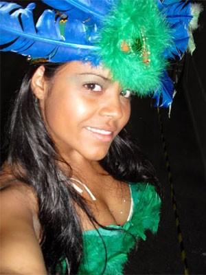 Durante desfile da escola de samba paulistana Vai-Vai, em 2008, como passista (Foto: Arquivo pessoal)