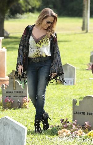 Shirley não deixa de encarar a vida com alegria (Foto: Felipe Monteiro/TV Globo)