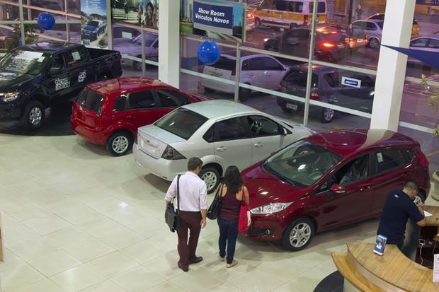Quem possui CNPJ consegue boas oportunidades na compra de um carro zero km (Foto: Fernando Quevedo / Agência O Globo.)