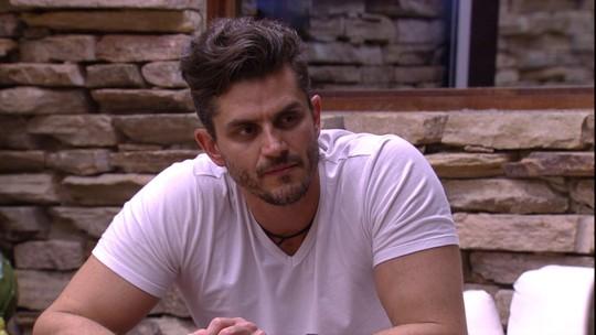 Marcos revela que gostaria de ouvir conversas entre Marinalva e Daniel: 'Daria muitas estalecas'
