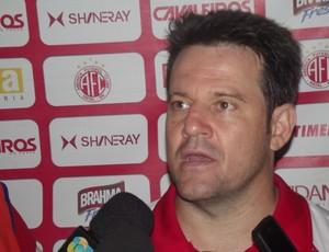 Argel Fucks, técnico do América-RN (Foto: Ferreira Neto)