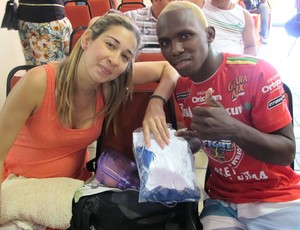 idney Abedi e a esposa Jungle Fight 44 (Foto: Ivan Raupp / Globoesporte.com)