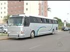 Polícia apreende ônibus clandestino com trabalhadores da Bahia em Lins