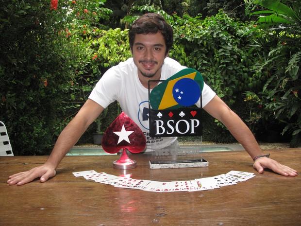Nicolau Villa-Lobos já ganhou quase $ 1 milhão em premiação de torneios  (Foto: Marcelo Elizardo/ G1)