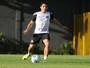 Lucas Otávio espera que intensivo de treinos minimize erros do Santos