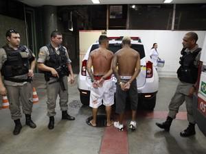 Suspeitos presos em operação da Brigada Militar (Foto: Robson Alves/Brigada Militar)