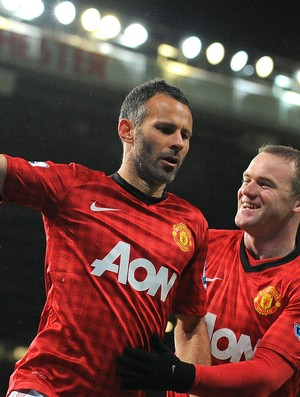Giggs e Rooney gol Manchester United (Foto: AFP)