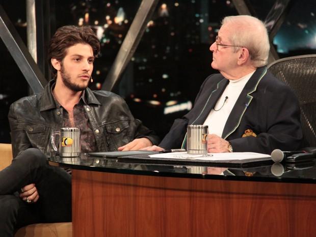 Jô entrevista Chay Suede (Foto: Reinaldo Marques / TV Globo)