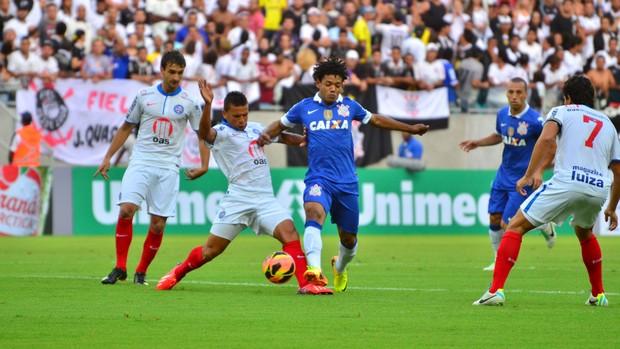 Romarinho Corinthians x Bahia (Foto: Erik Salles / Ag. Estado)